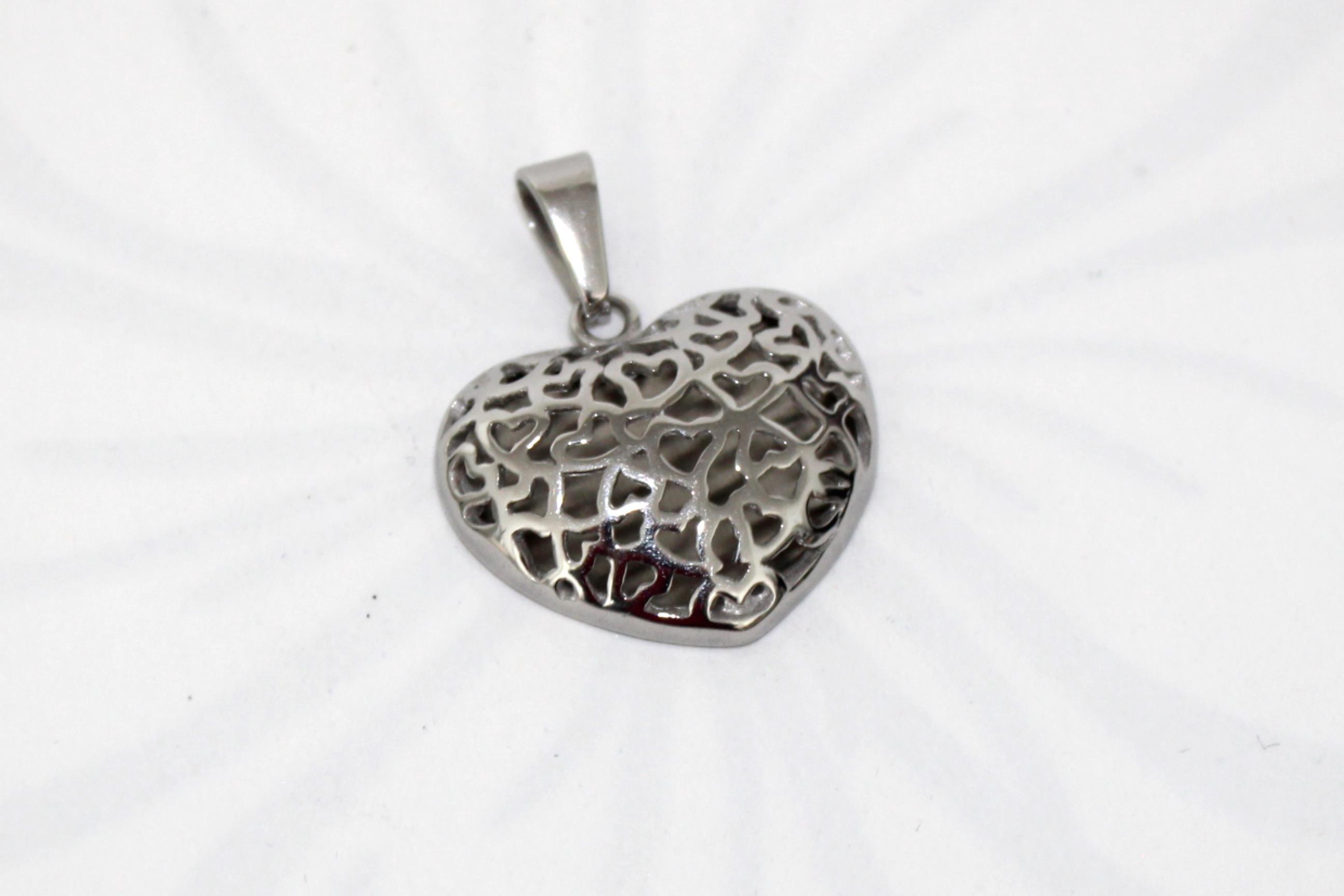 ff40f4c82 Šperky chirurgická oceľ | Prívesok chirurgická oceľ srdce 26 ...